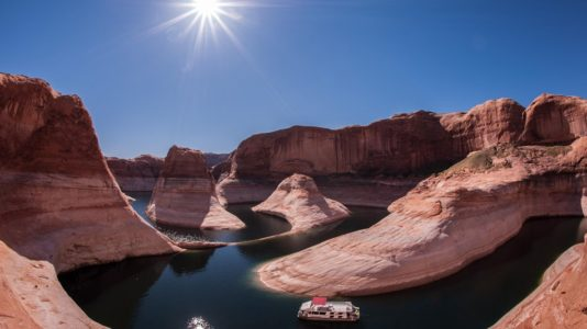 Authorities say Utah man apparently drowns in Lake Powell