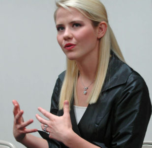 Elizabeth Smart to speak on captor's release from prison
