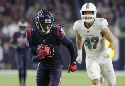 Watson throws 5 TDs as Texans beat Dolphins 42-23