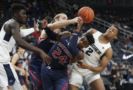 Utah State blows past Saint Mary's 80-63