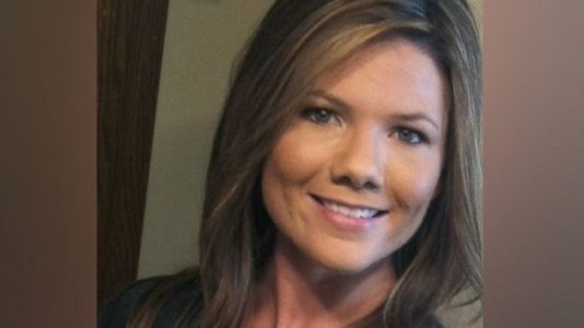 Family friend of missing Colorado mom pleads for help in search