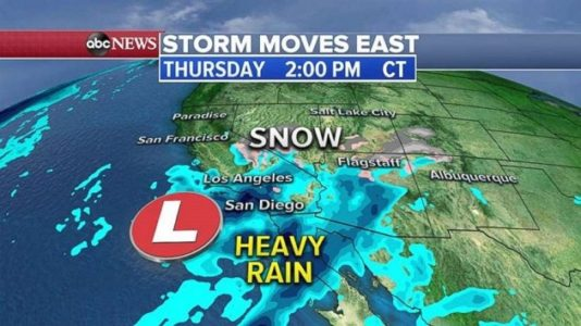 Winter storm moving east heading into weekend