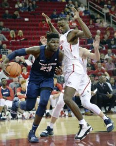 Utah State edges Fresno State in battle for 2nd in MWC